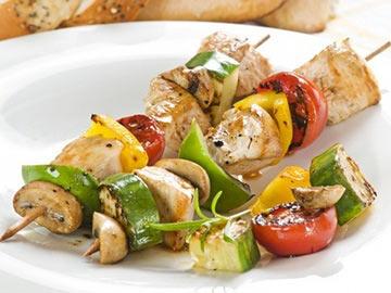 Lemony kabobs - Como preparar pinchos de pollo ...