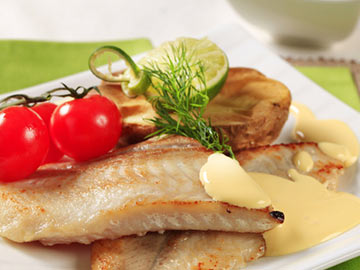 Baked Cod with Yogurt Cucumber Sauce