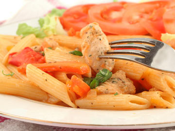 Penne Pasta with Chicken & Sun-Dried Tomatoes