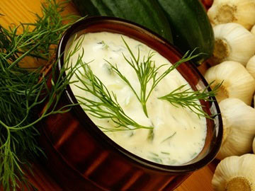 Creamy Garlic Dressing - Dietitian's Choice Recipe