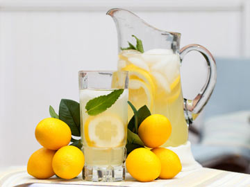 Homemade Lemonade - Dietitian's Choice Recipe