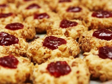 Low-Fat Oatmeal Ruby Cookies