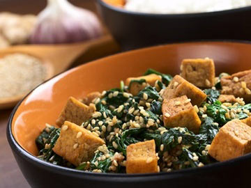 Stir-Fried Spinach and Tofu